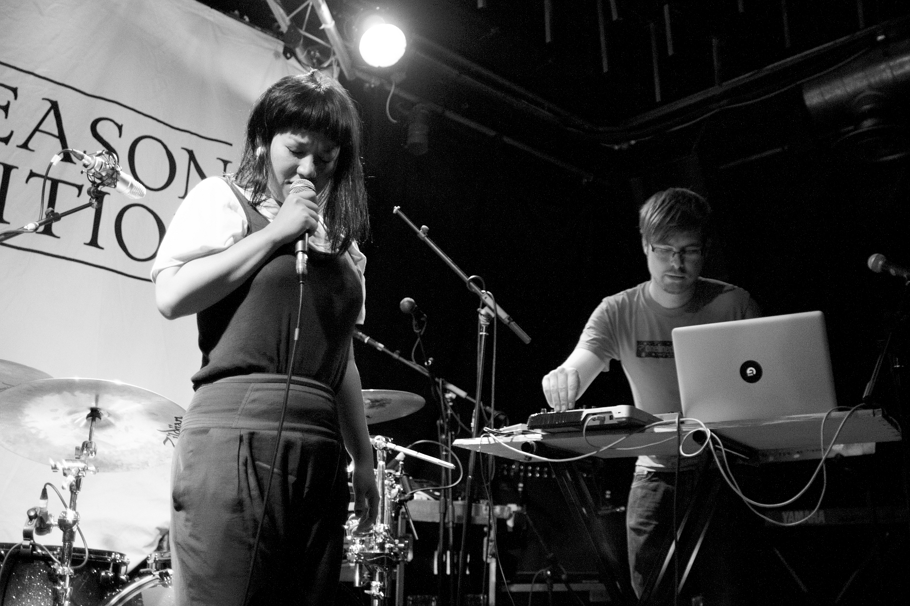 Ayu Okakita, Chris Amblin, Keyboard, Laptop, B&W, Nedry, Hoxton Square Bar & Kitchen, London